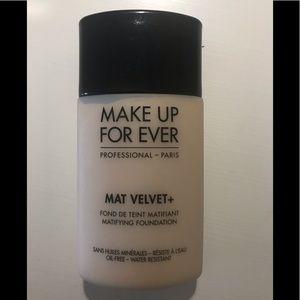 Makeup forever velvet mat